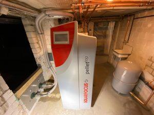 Solarfocus Pelletheizung mit Bunkerlager-Saugsonden und Solarthermie-Anlage in Heppenheim 04