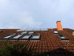 Solarfocus Pelletheizung mit Gewebesilo, Frischwassermodul und Solarthermie-Anlage in Beedenkirchen 07