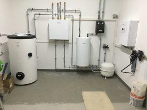 Brötje Neo Wärmepumpe inkl. Puffer- und Trinkwasserspeicher in Fürth 02