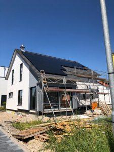 Photovoltaikanlage mit BYD-Batterie und Solaredge Wechselrichter in Heppenheim 01
