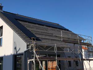 Photovoltaikanlage mit BYD-Batterie und Solaredge Wechselrichter in Heppenheim 03