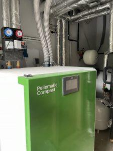 Austausch Ölheizung durch Pelletheizung und Verlegung einer neuen Fußbodenheizung in Einhausen